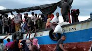 Indonesian fishermen rescue 100 Rohingya refugees fleeing Myanmar