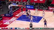 Sekou Doumbouya with a 2-pointer vs the Chicago Bulls