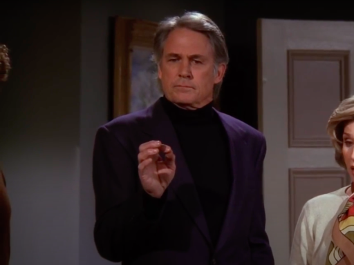 People have just discovered that Matthew Perry's actual dad was in Friends