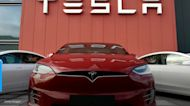 Tesla believed to be operating driverless crashes, killing 2