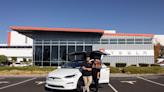 延遲數月終於交車!特斯拉2021年大改款Model X現身