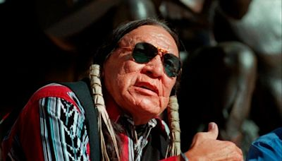 Saginaw Grant: Native American character actor dies aged 85