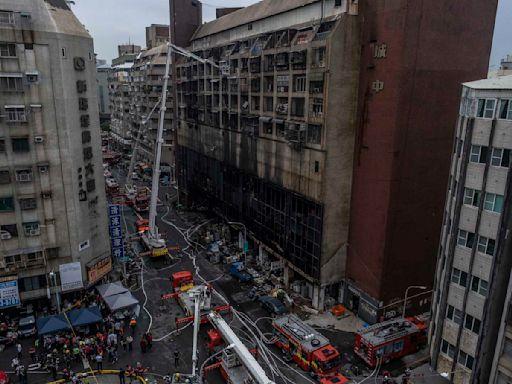高雄「城中城」大樓凌晨起火,逾46死,為25年來最慘重火災|端傳媒 Initium Media