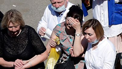 Russia school shooting: At least eight killed in Kazan attack