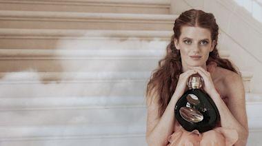 時尚|Sisley夜之頌新香勾勒愛人纏綿 貴族創辦人姪女賣美臉助陣 | 蘋果新聞網 | 蘋果日報