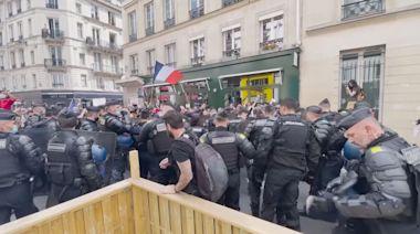 法國多地示威抗議政府防疫措施 巴黎爆發警民衝突