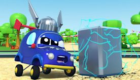 AVENGERS: BABY wants to be THOR but breaks the City Power with his MAGICAL HAMMER - Car City