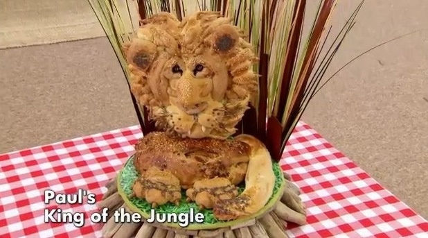 Great_British_Bake_Off_Mary_Berry_Paul_Hollywood_BBC_Bread_Lion_Paul_TV