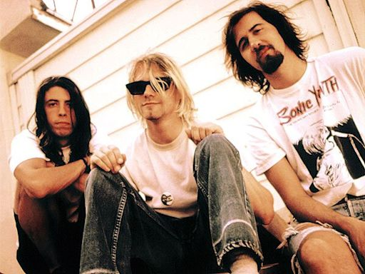 Dave Grohl 'Still Dreams' He's in Nirvana, Reveals Why He Won't Sing Kurt Cobain's Songs on His Own