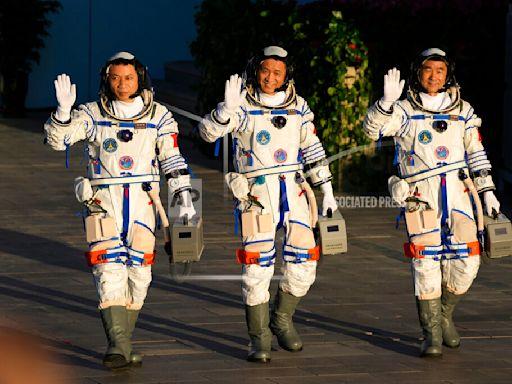 時隔 5 年載人任務成功,中國 3 名太空人準備抵達天宮號太空站