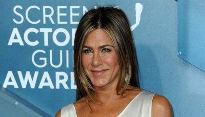 Jennifer Aniston's Favorite Concealer Is Back In Stock— And Fans Are Losing It