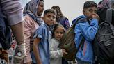 50位移民因疫情受困希臘 今日飛往英國與家人團聚