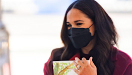 Where To Get Meghan Markle's Black Scalloped Face Mask