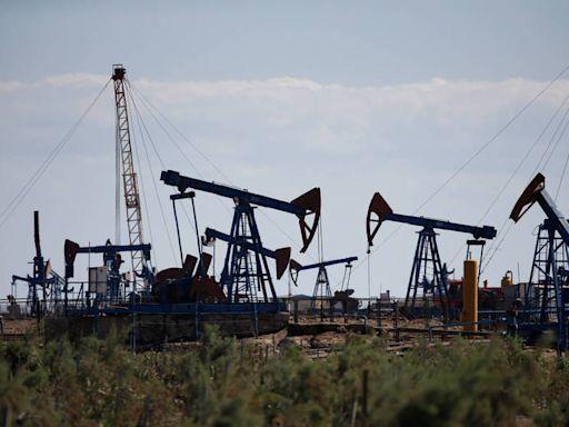美元走強、英國疫情再起 國際油價下跌 - 自由財經