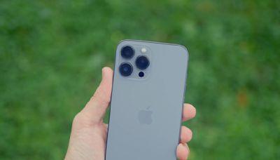 用iPhone 13 Pro會頭暈、眼睛痛?歷代果粉認證最傷眼! 他:「此方式」可以緩解