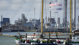 Dutch pension fund to divest from fossil fuel producers