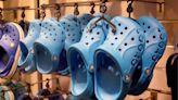 「Clog」變爛大街拖鞋! Crocs憤向20家公司提告 - 自由財經