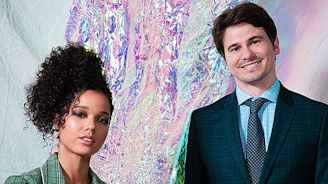 'Raising Dion's Alisha Wainwright & Jason Ritter On The Big Twist, Exploring Nicole's Grief & More