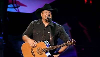 Garth Brooks to Replace Stadium Concerts with Dive Bar Shows to Ensure Attendees Are Vaccinated
