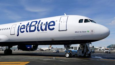JetBlue not departing New York for Florida, expanding at JFK
