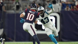 Texans done in by inability to run ball in loss to Panthers