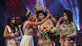 Sri Lanka national beauty pageant winner injured on stage as rival tries to steal crown