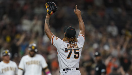Bryant, Posey lead Giants to 8-5 win over fading Friars