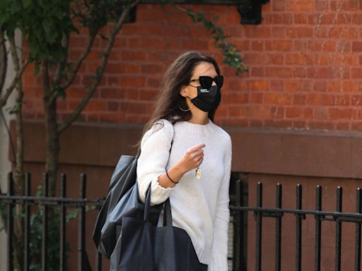 Katie Holmes's Go-To Face Mask Brand Just Restocked 6 Million Masks