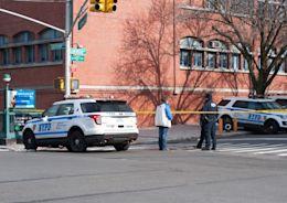 紐約驚傳襲警案 兇嫌半天內2度開槍刺殺警 - 國際 - 自由時報電子報