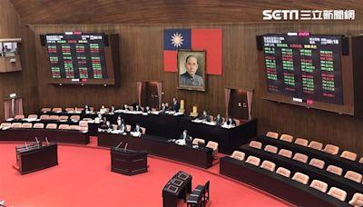 綠白未續合作!民眾黨投自己 立院新會期召委藍綠各拿8席