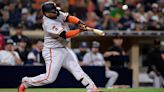 Pablo Sandoval praises baby-holding Giants fan who caught home run