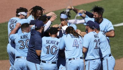 Bichette hits 2nd homer in 9th, Blue Jays beat Yankees 5-4