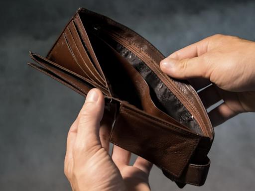國民年金沒有按時繳,恐要吃上1.5萬元罰單!1招解決保費負擔,退休金照樣能入袋-風傳媒