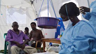 South Sudan vaccinates health teams in Ebola epidemic