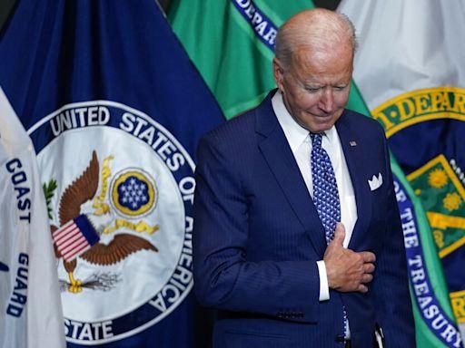 Pop: Biden sinks to his lowest approval yet