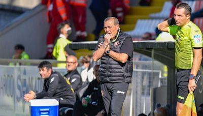 La Salernitana destituye a su técnico y ya van tres despidos en Italia
