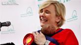 英女議員火車餵奶曾遭偷拍 倡立法禁止偷拍行為   大視野