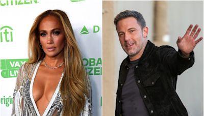 Nothing's fishy here: Ben Affleck, Jennifer Lopez caught kissing at Malibu sushi spot