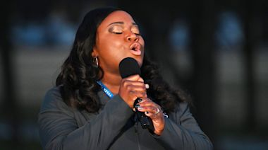 Nurse Who Went Viral Lifting Up Coworkers With 'Amazing Grace,' Starred in Inauguration's COVID-19 Memorial