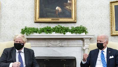 拜登在白宮晤約翰遜 兩人討論氣候與貿易問題 - RTHK