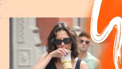"""Katie Holmes Paired Her Go-To """"Ugly"""" Sandals With This Season's Buzziest Trend"""