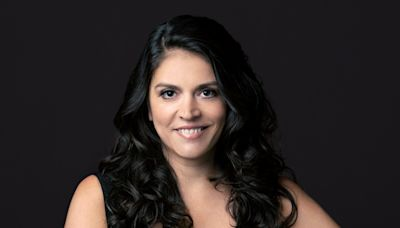 Cecily Strong Sets New York Stage Debut In Revival Of Lily Tomlin/Jane Wagner Solo Show 'The Search ...
