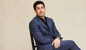 Jason Biggs Is Totally Cool With Sitting Down to Pee
