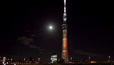 東京晴空塔點燈 日本人風雅賞「十五夜明月」