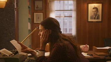 'My Salinger Year' Review: Margaret Qualley in Half-Hearted Twist on 'The Devil Wears Prada'