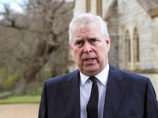 Príncipe Andrés de Reino Unido recibe demanda por agresión sexual en EEUU