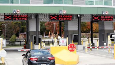 Canada's Plan to Reopen Border Threatened by Labor Strife