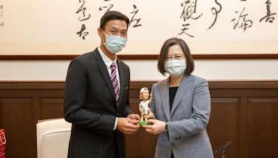 蔡英文接見網球一哥自曝是「同好」 盧彥勳當面邀請一起打球