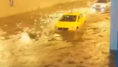 重慶暴雨水倒灌地鐵 積水1公尺急封鎖│TVBS新聞網