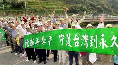 立陶宛捐疫苗 黃偉哲想起「牽手護台灣」這件事